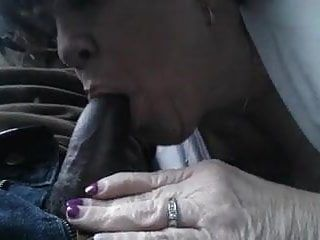 Milf cant live without getting facefucked in the car