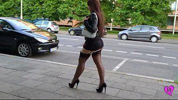Hawt petticoat walk-hotjessy.com