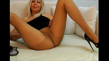 Sexy milf playing love tunnel in hawt high heels - watch greater amount myfreesexycams.com