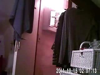 Hidden web camera lastly caught my mama naked in bathroom room