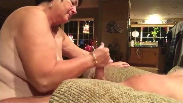Bulky granny give an energic cook jerking to her hubby untill cum