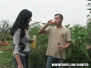Sexy euro mama gives the gardener a little additional for his work