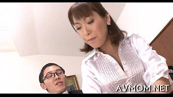 Doxy milf deepthroats one-eyed monster and balls