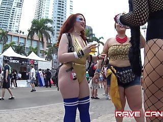 Candid hawt red head jiggly rave pawgpt2