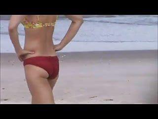 Candid sexy milf beach spy, tit slip, precious show