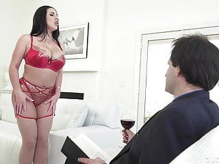 Large tit milf cuckolds wimp hubby by pumping a photographer