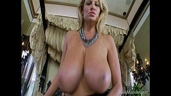 Giant mellons of kelly madison suck a hard shlong